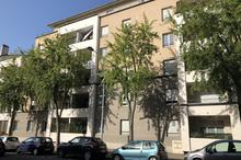 Location parking - VILLEFRANCHE SUR SAONE (69400) - 13.0 m²