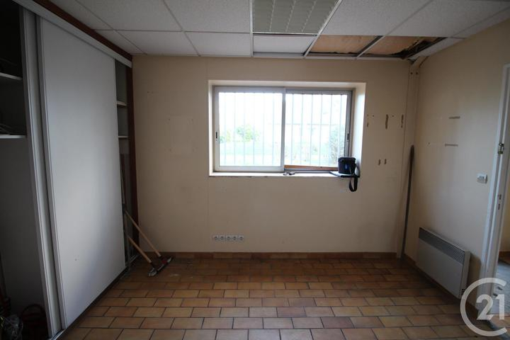 Local commercial à louer - 225.0 m2 - 76 - Seine-Maritime
