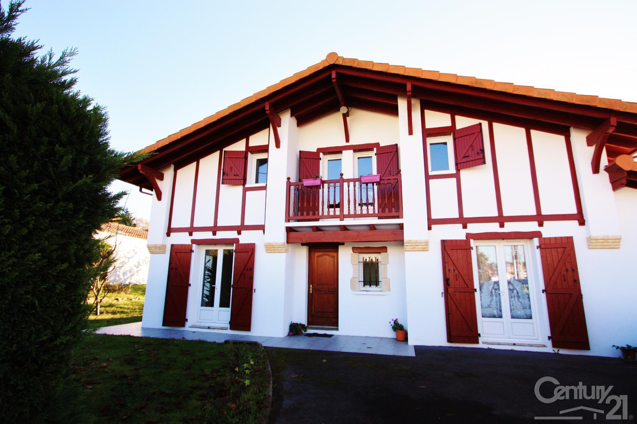 maisons aquitaine cool maison louer cenon with maisons aquitaine nouvelle aquitaine with. Black Bedroom Furniture Sets. Home Design Ideas