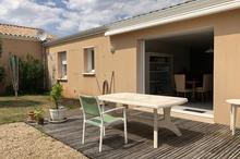 vente maison la roche sur yon 85000 95 6 m 5 pi ces. Black Bedroom Furniture Sets. Home Design Ideas