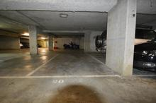 Location parking - LA PLAINE ST DENIS (93210) - 12.0 m²