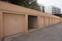 Location parking - CASTELNAU LE LEZ (34170) - 13.0 m²
