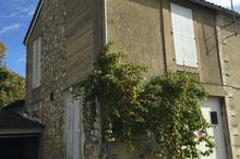 Location parking - ANGOULEME (16000) - 73.0 m²
