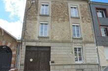Vente immeuble - FOUGERES (35300) - 240.8 m²