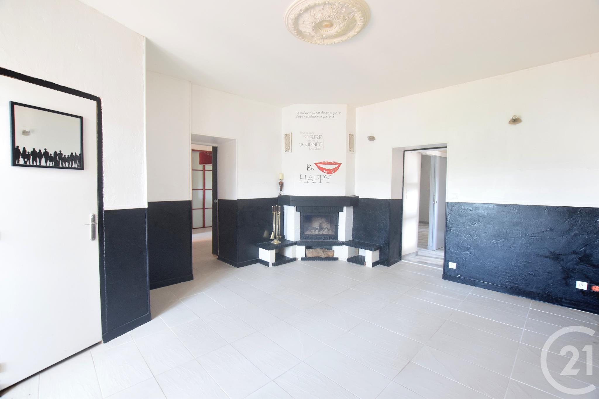 appartement f2 3 pi ces vendre givors 69700 ref. Black Bedroom Furniture Sets. Home Design Ideas