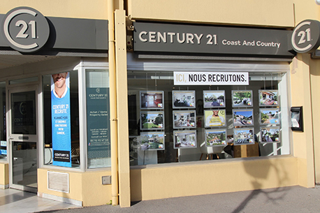 CENTURY 21 Coast And Country
