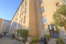 Location parking - MONTREUIL (93100) - 12.0 m²