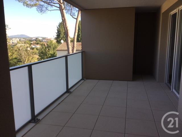 appartement f3 3 pi ces louer montpellier 34070 ref 58390 century 21. Black Bedroom Furniture Sets. Home Design Ideas