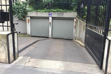 Location parking - PARIS (75008) - 15.0 m²