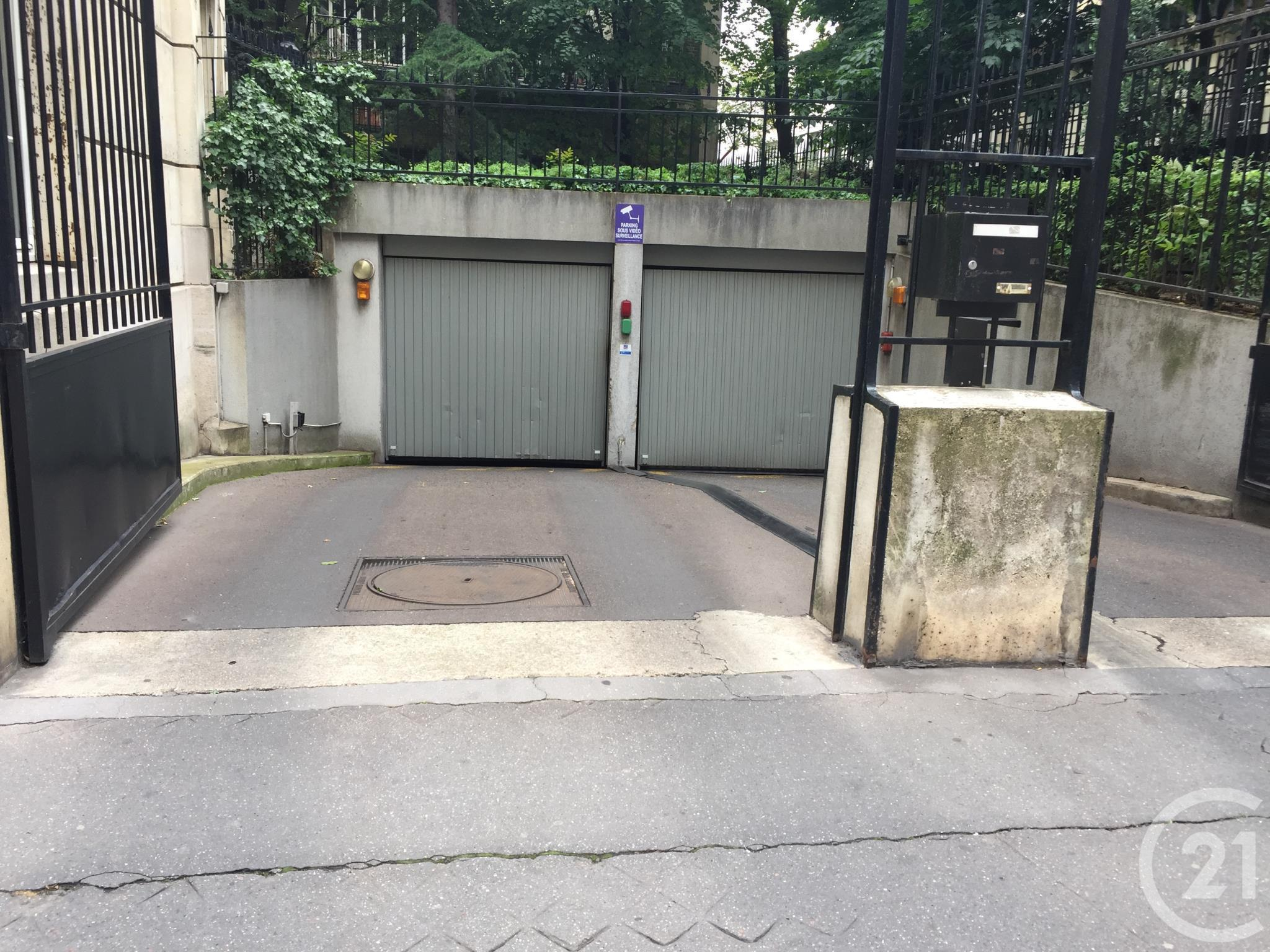 Parking à louer - 13 m2 - PARIS - 75008 - ILE-DE-FRANCE