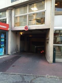 Parking à louer - 10 m2 - ST MANDE - 94 - ILE-DE-FRANCE