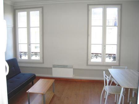 Appartement à louer - 1 pièce - 21 m2 - TROYES - 10 - CHAMPAGNE-ARDENNE