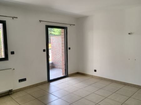 Appartement à louer - 2 pièces - 39 m2 - TROYES - 10 - CHAMPAGNE-ARDENNE