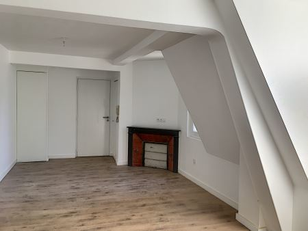 Appartement à louer - 4 pièces - 86 m2 - TROYES - 10 - CHAMPAGNE-ARDENNE