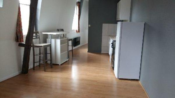 Appartement à louer - 3 pièces - 48 m2 - TROYES - 10 - CHAMPAGNE-ARDENNE
