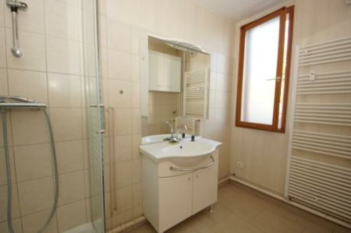 Appartement à louer - 3 pièces - 56 m2 - TROYES - 10 - CHAMPAGNE-ARDENNE
