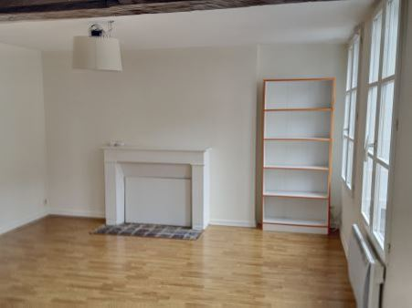 appartement à louer - 2 pièces - 37 m2 - TROYES - 10 - CHAMPAGNE-ARDENNE