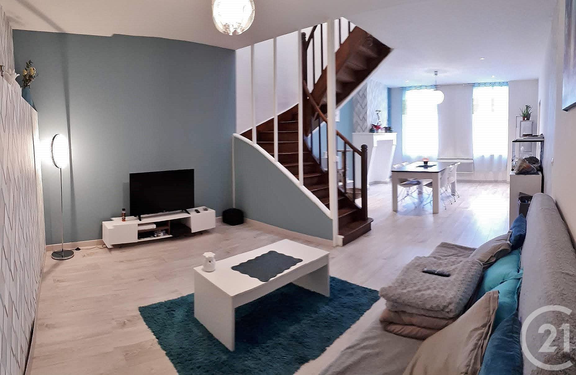 maison 8 pi ces vendre coutras 33230 ref 9124 century 21. Black Bedroom Furniture Sets. Home Design Ideas