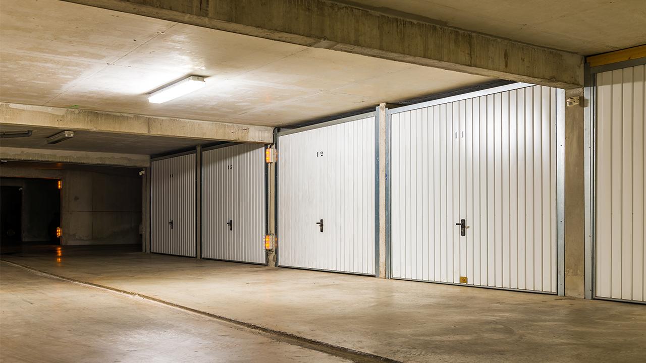 Des investissements lucratifs : les petites superficies et les parkings.