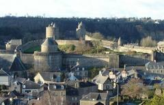 Fougères - © By Gratyn via fr.wikimedia